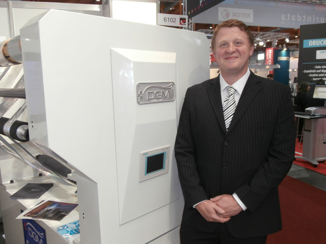 Technical Manager Richard Hopkinson with the Foildex Cold Foil Indexing System